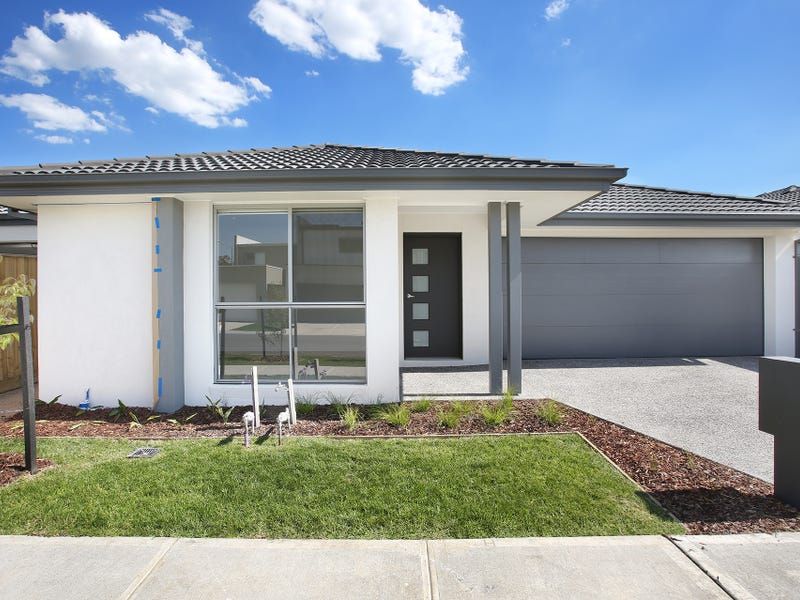25 Nunkeri Court, Clyde North, Vic 3978