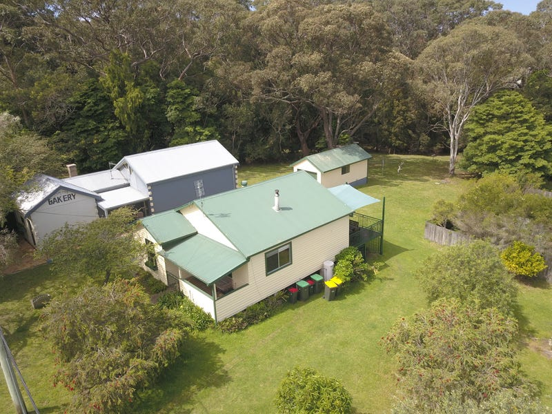 10-12 Hood Crescent, Tuross Head, NSW 2537