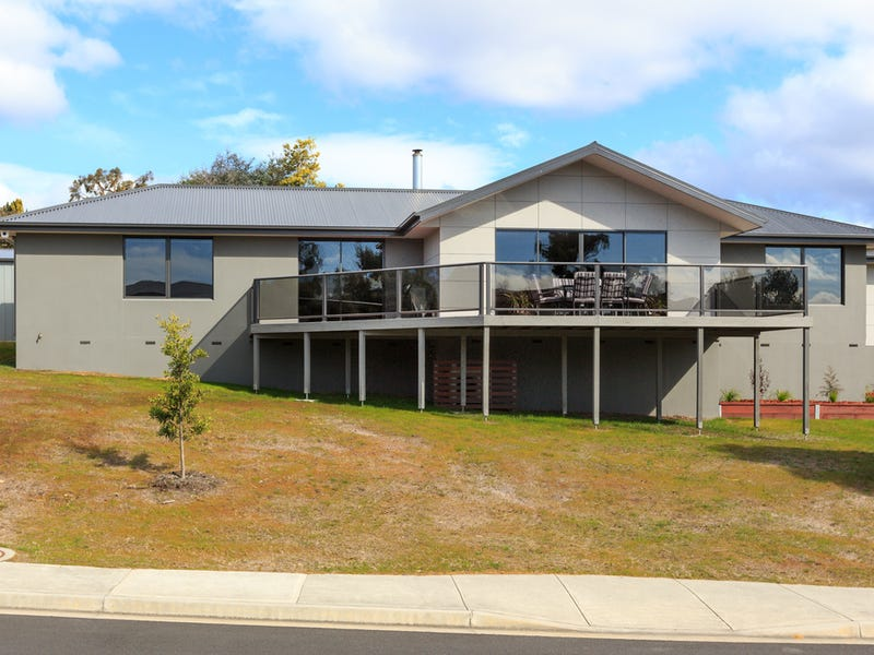9 Saffron Drive, Kingston, Tas 7050