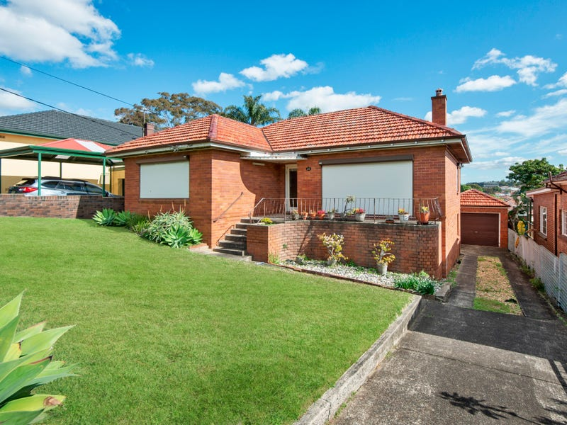 33 Ercildoune Avenue, Beverley Park, NSW 2217