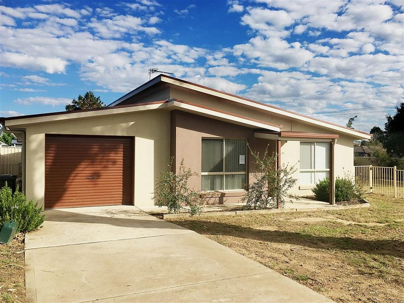 55 Bundara Crescent, Tumut, NSW 2720