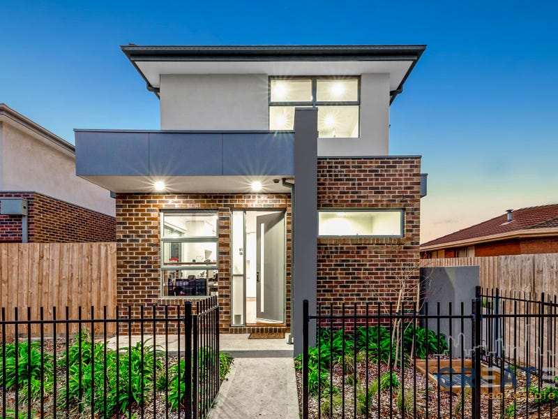 1/1A Gray Court, St Albans, Vic 3021