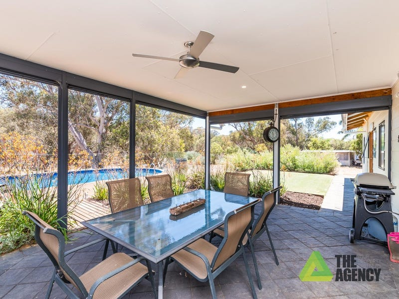 15 Refractory Road, Bakers Hill, WA 6562