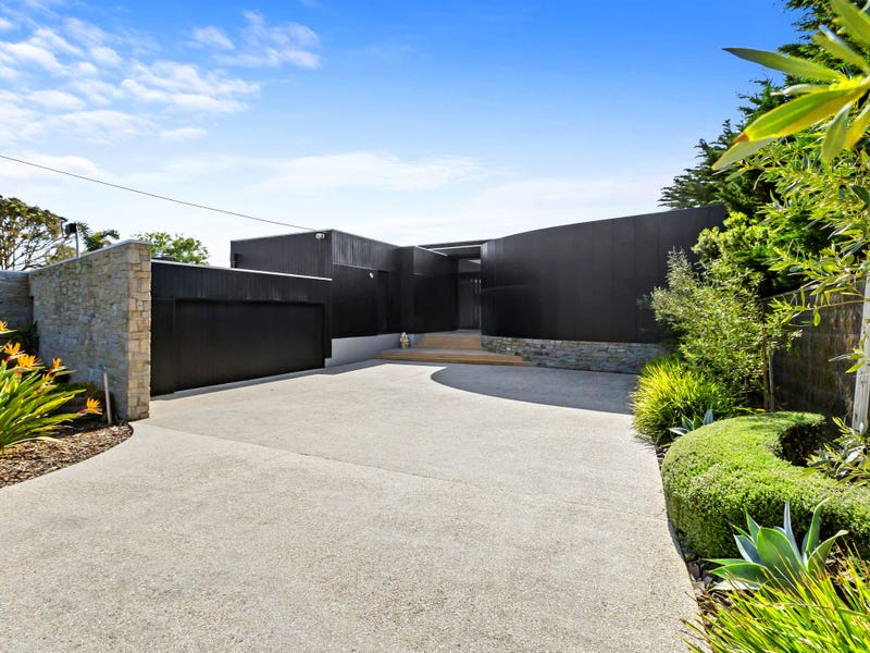 4 Pearse Road, Blairgowrie, Vic 3942