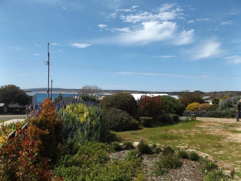 25 Hawthorn Avenue, Emu Bay, SA 5223