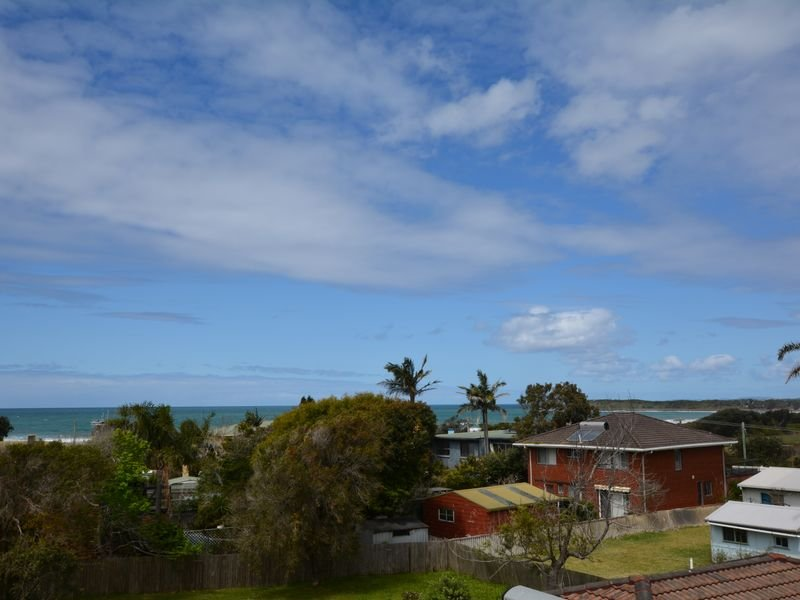 6 Pacific Street, Wallabi Point, NSW 2430