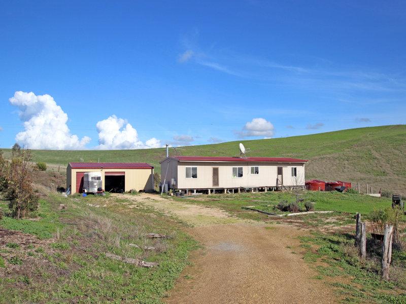 126 Torrens Vale Road, Yankalilla, SA 5203