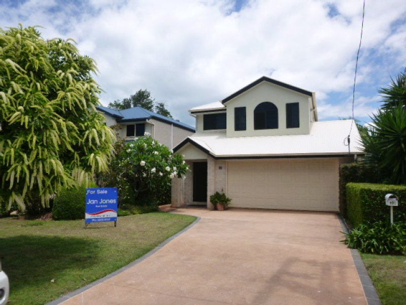39 Queen Street, Scarborough, Qld 4020