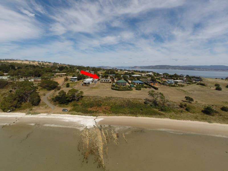 10 Meadows Place, Opossum Bay, Tas 7023