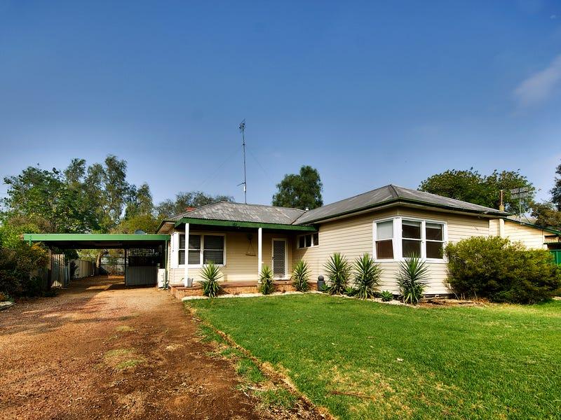 494 Maher Street, Deniliquin, NSW 2710