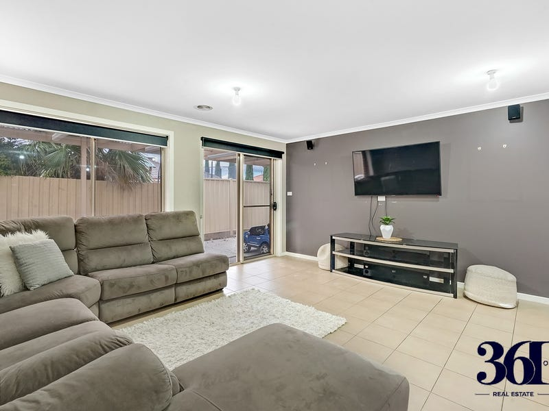 7 David Circuit, Hillside, Vic 3037
