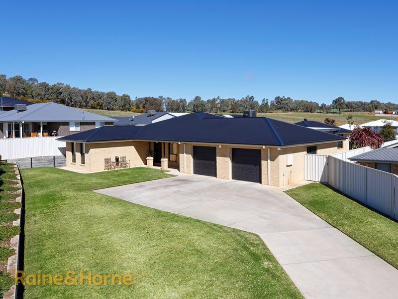 22 Balala Crescent, Bourkelands, NSW 2650