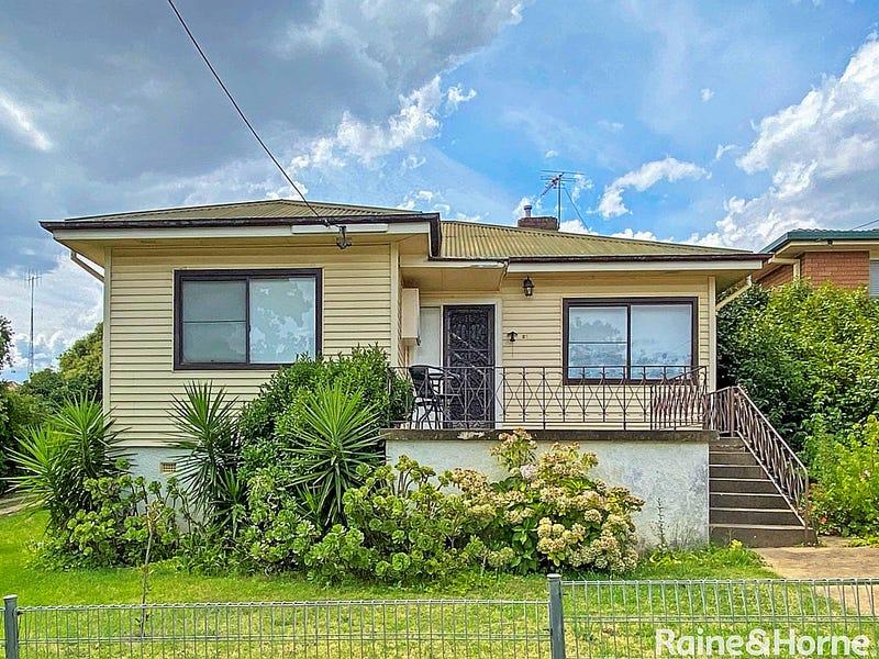 21 Karabah Avenue, Young, NSW 2594