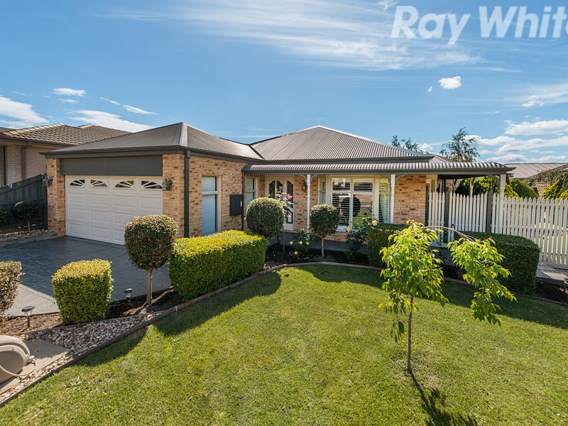 32 Pendelton Place, Lysterfield, Vic 3156