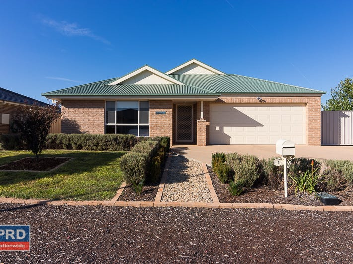 7 Angus Place, Bungendore, NSW 2621