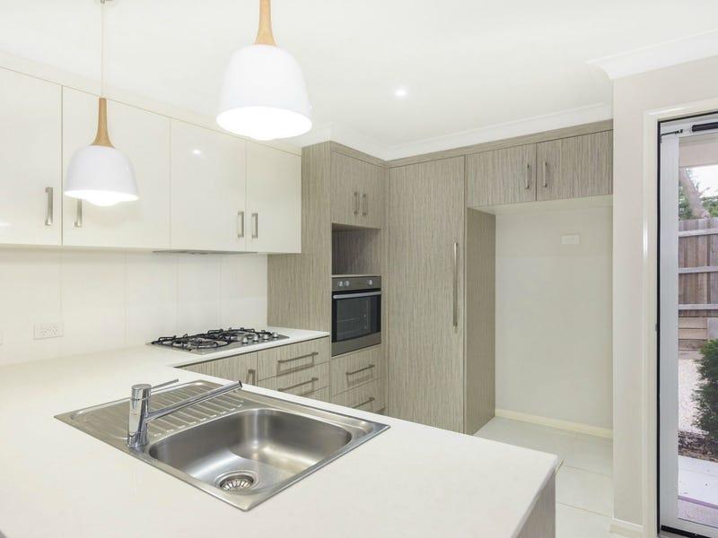 Unit 4/241d Mackenzie Street, Centenary Heights, Qld 4350