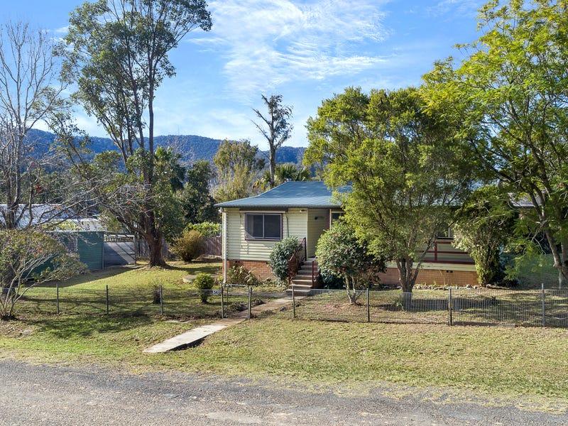 34 Henry Street, Long Flat, NSW 2446