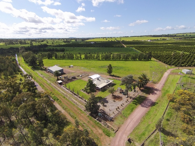 17 Lewis Road, Leeton, NSW 2705