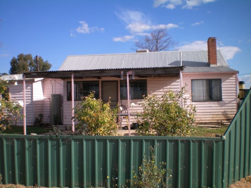 52 Mulga Street, Dareton, NSW 2717