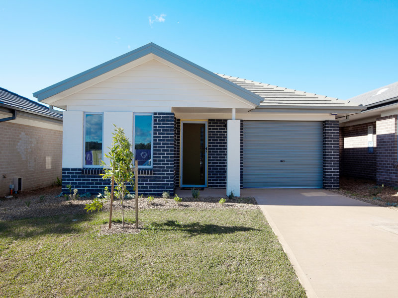 84/100 Gilchrist Drive, Campbelltown, NSW 2560