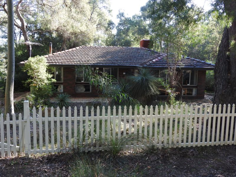 500 Robinson Road, Mahogany Creek