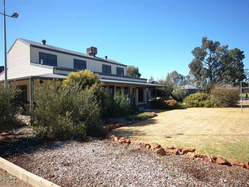 75 Barton Street, Lockhart, NSW 2656
