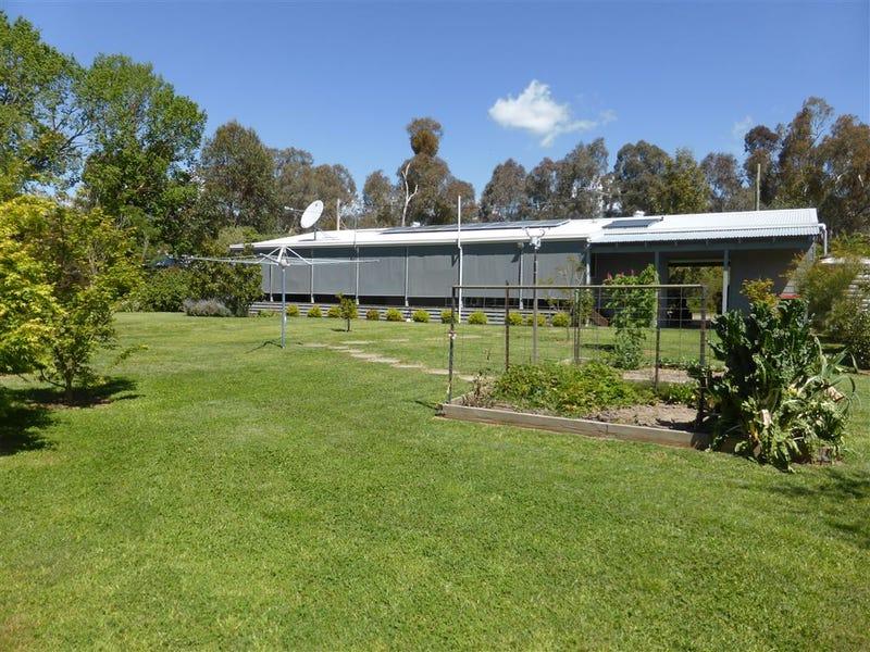 24 Dickson Street, Woomargama, NSW 2644
