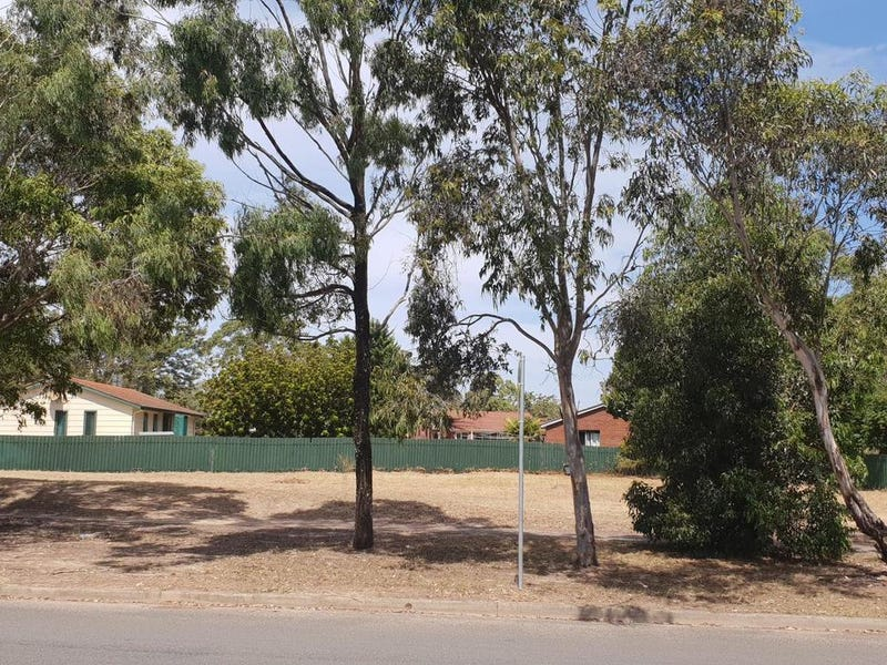 14 Greenwell Point Road, Nowra, NSW 2541