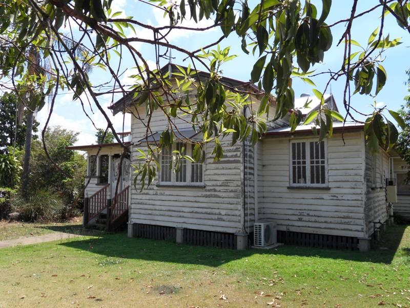 26 Clifton Street, Booval, Qld 4304