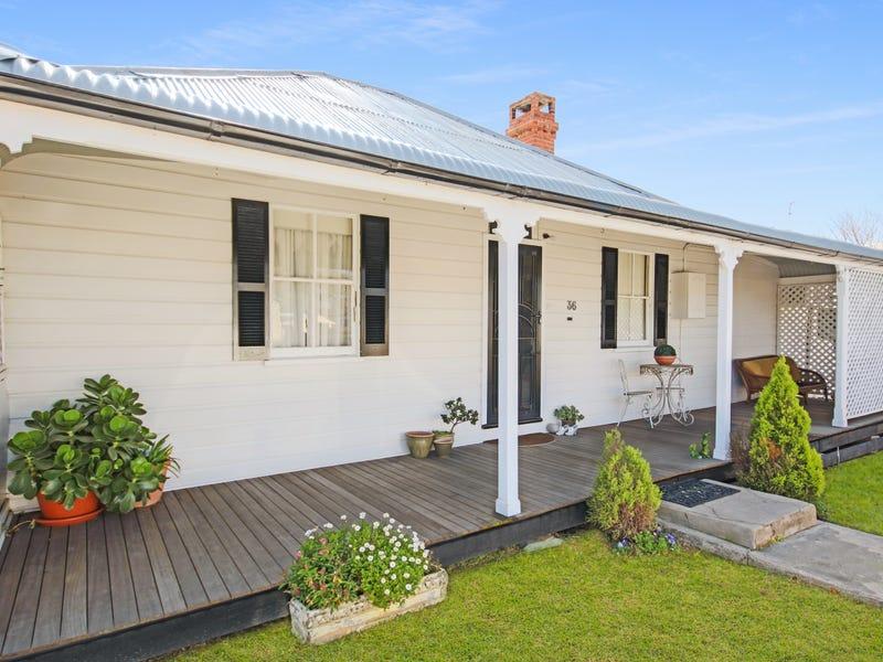 36 Margaret Street, Tenterfield, NSW 2372