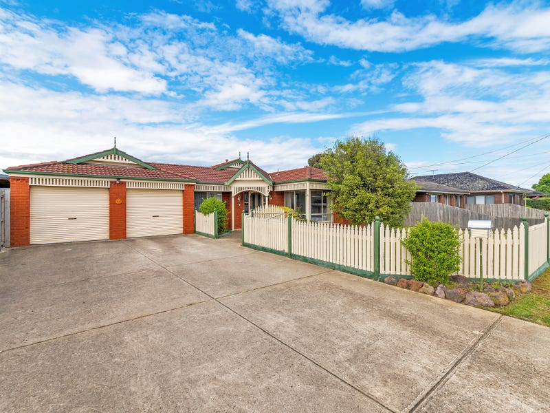 19 Mouchemore Avenue, St Leonards, Vic 3223