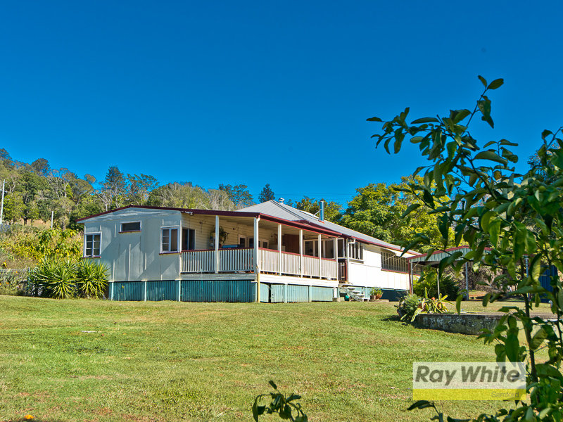 131 Buranda Road, Clear Mountain, Qld 4500