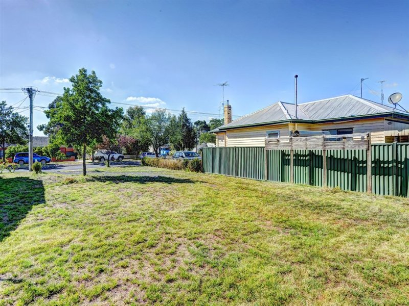 315a Crompton Street, Soldiers Hill, Vic 3350