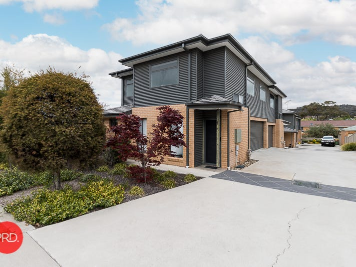 2/23 Gilmore Place, Queanbeyan West, NSW 2620