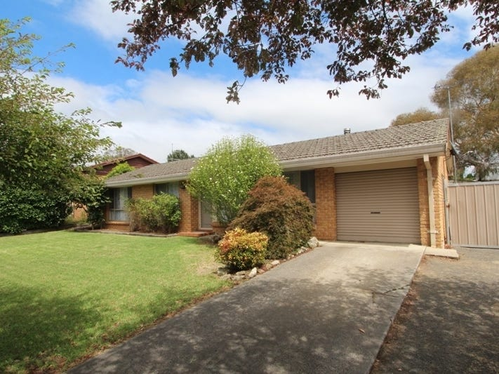 37 Willow Drive, Moss Vale, NSW 2577
