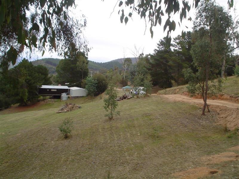 15 Murmuring Way, Mountain Bay, Vic 3723