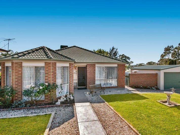 8 Julie Court, Kangaroo Flat, Vic 3555