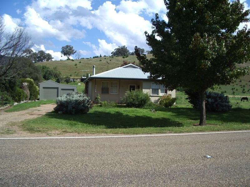 6945 Great Alpine Road, Swifts Creek, Vic 3896