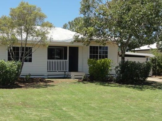 45 Curtis Street, Dalby, Qld 4405