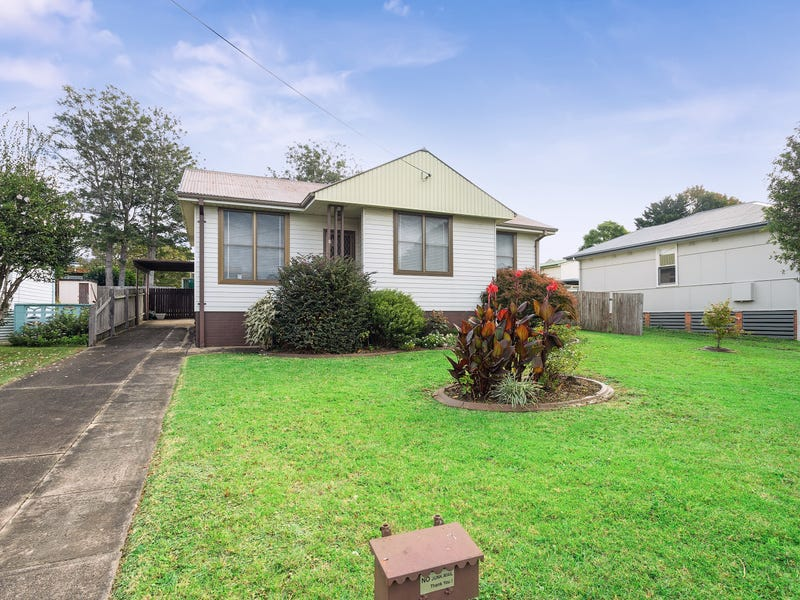 5 Burr Avenue, Nowra, NSW 2541