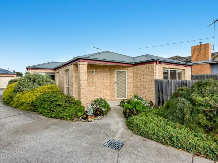 1/40 Glover Street, Newcomb, Vic 3219