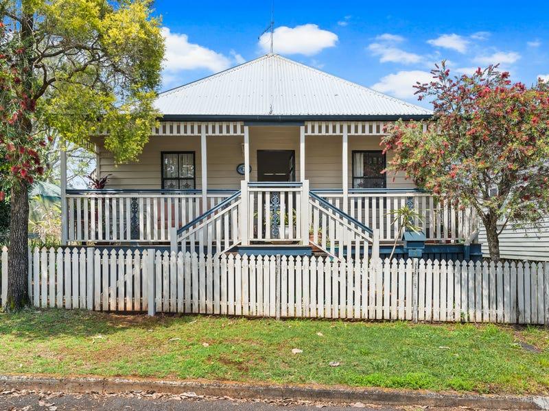 4 Sir Street, North Toowoomba, Qld 4350