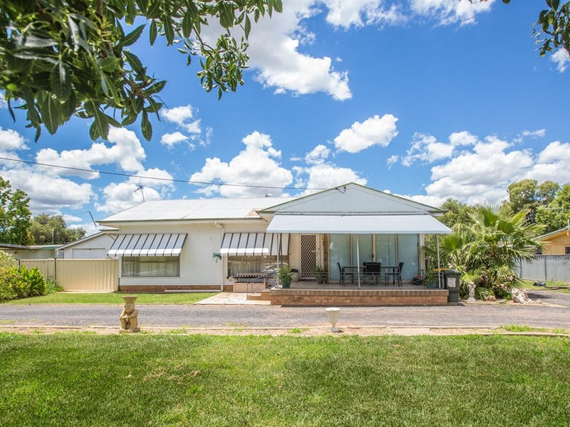 4 Dudley Street, Gilgandra, NSW 2827