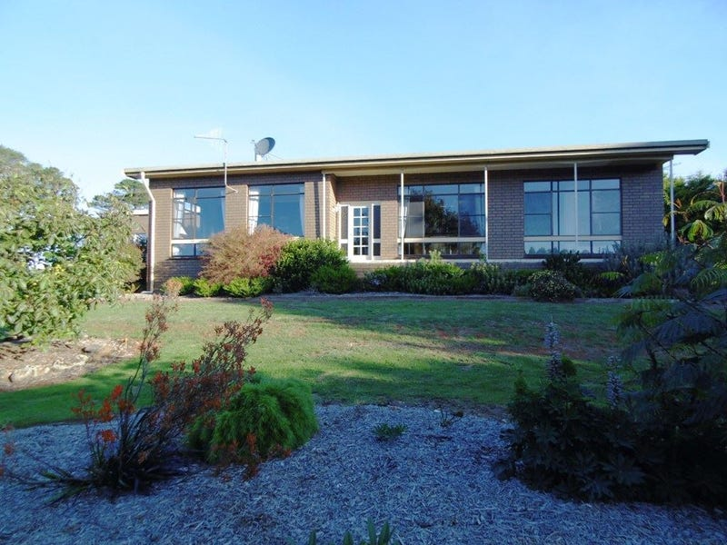 437 Youngs Road, Lileah