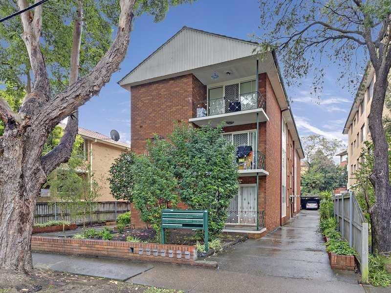 8/11 Russell Street, Strathfield, NSW 2135
