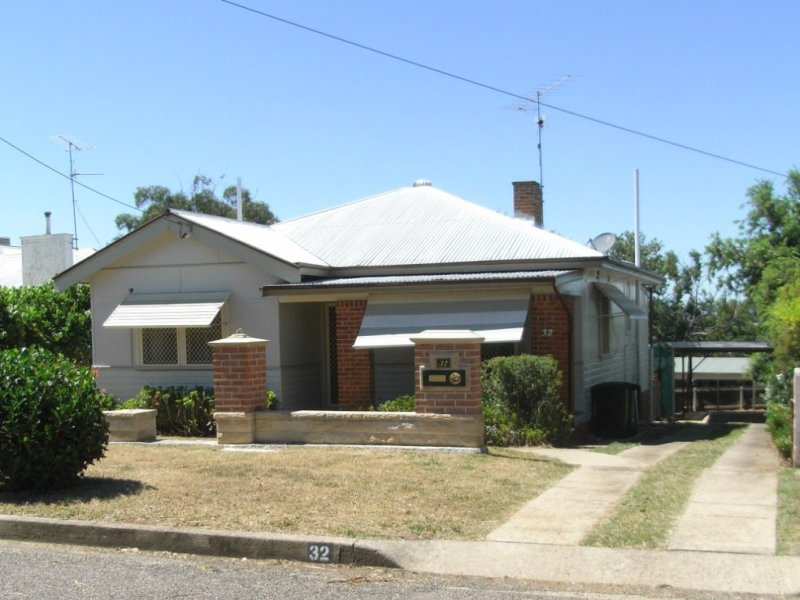 32 George Street, West Tamworth, NSW 2340