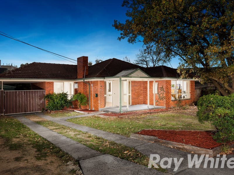 11 Henry Road, Wantirna South, Vic 3152