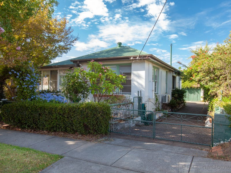 4 Irving Street, Beresfield, NSW 2322