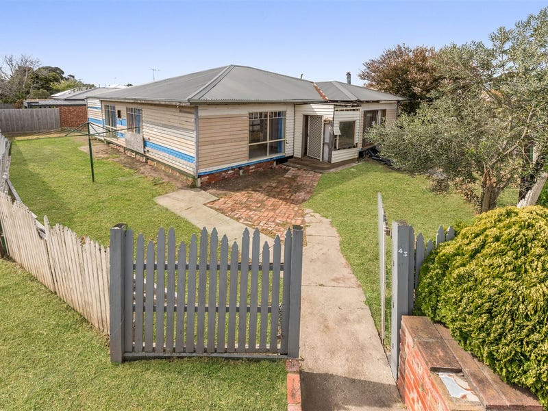 43 Oxford Street, Whittington, Vic 3219