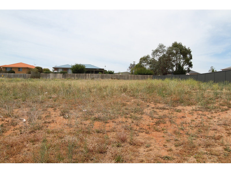 23 Parer Road, Bathurst, NSW 2795